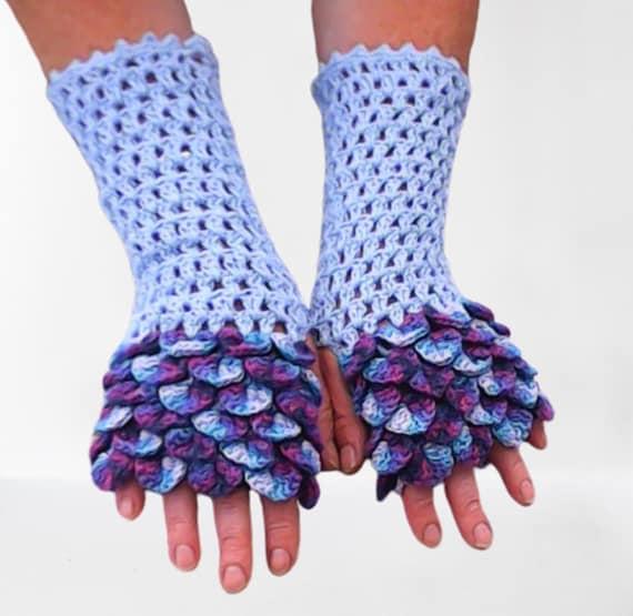 Crochet fingerless gloves in dragon pattern, winter gloves, gloves