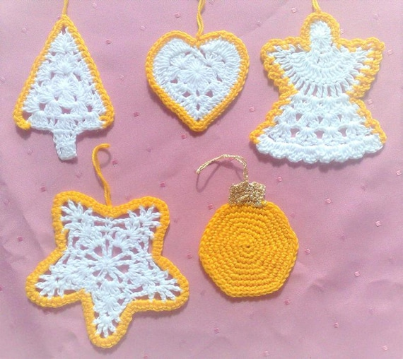 Crochet hanging Christmas decoration white crochet with border, ornaments Christmas tree ornaments tree heart Christmas angel star Christmas tree bauble