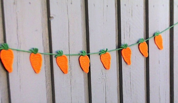 Easter Carrots Garland Wreath, Easter Decoration, crochet, Carrots, children's Décor, orange Carrot home Décor, Easter Decorations