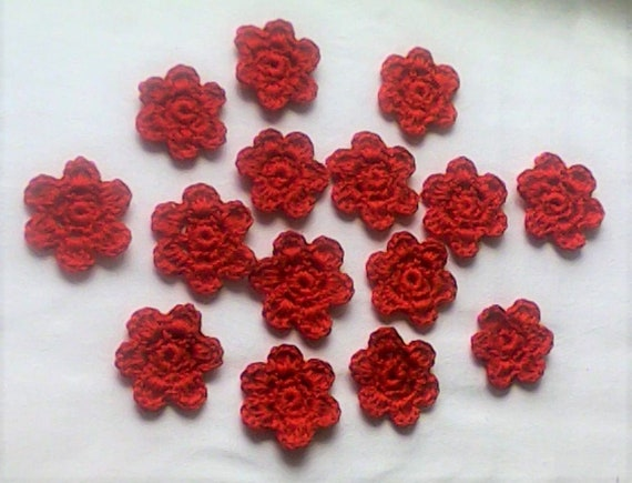 Set of 15 crocheted Flowers Patch for Craft and Scrapbooking