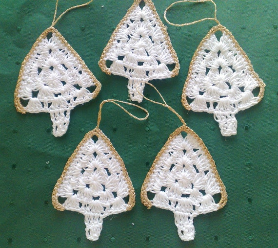 Christmas tree crocheted tree hanging for your holiday tree, 5 pieces in set