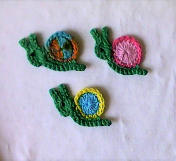 1 small snail-application-patch – crochet application