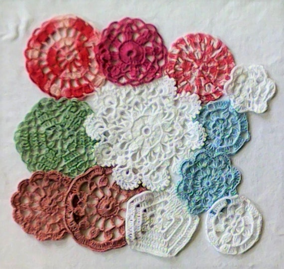 Vintage crochet pastel crochet medallions 12 colored small doily from 6 cm to 14 cm