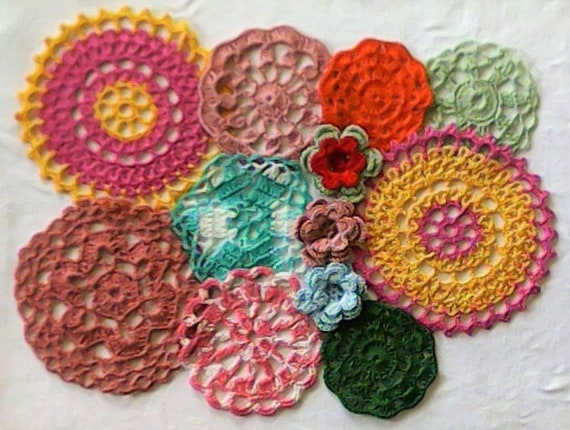 Vintage Crochet Flowers and crocheted Ceiling set of 12 pieces from 4.5 cm to 14 cm