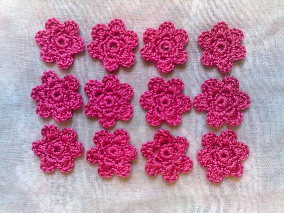crocheted flower patch in dark pink, 12 pieces