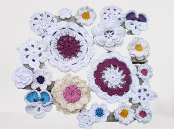 Decorations for junk journals and scrapbooking. Handmade crochet flower applications set of 22. Crochet flowers in white, blue, purple, pink