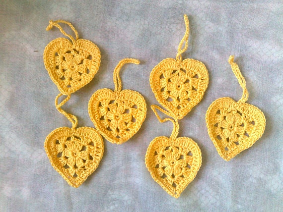 6 piece yellow crocheted hearts for decorate birthday gift