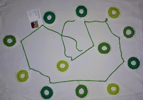 Green garland crochet St. Patrick's Day party decoration crochet, decorative green bunting, light green and green circles with white border