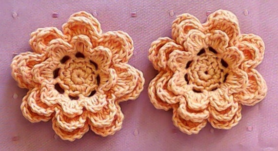 Applications of hand-crocheted floral Embellishment Set of 2 pieces in orange Cotton 3Inch