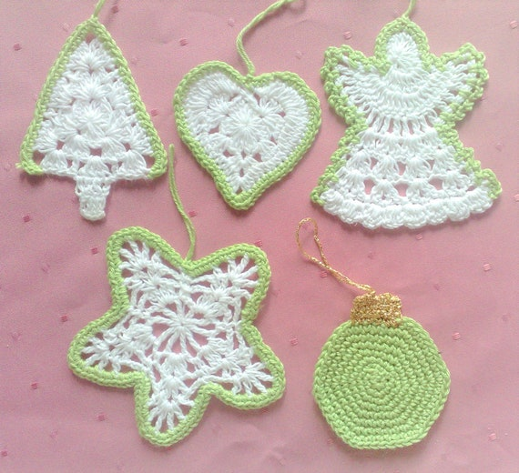 5 crocheted Ornaments Winter Décor lace set of 5 handmade ornaments Christmas decorations tree hanger