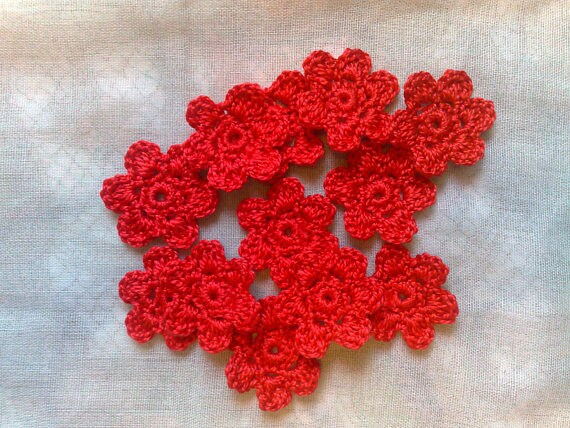 12 Red crocheted mini flowers for scrapbooking and decorating clothes
