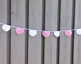 Crochet hearts garland, Valentine's Day pink white hearts garland, wedding decorations, Valentine's Day décor, decoration