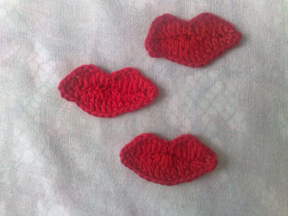 Crocheted red lips, 3 pieces crocheted mouth crochet application, lip patch, beaded lips made of red cotton