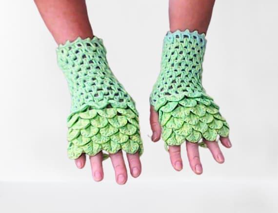 Fingerless Gloves Arm Warmer Handmade Wrist Warmer Womens Gloves Winter Gloves Dragon Scale Fingerless Gloves