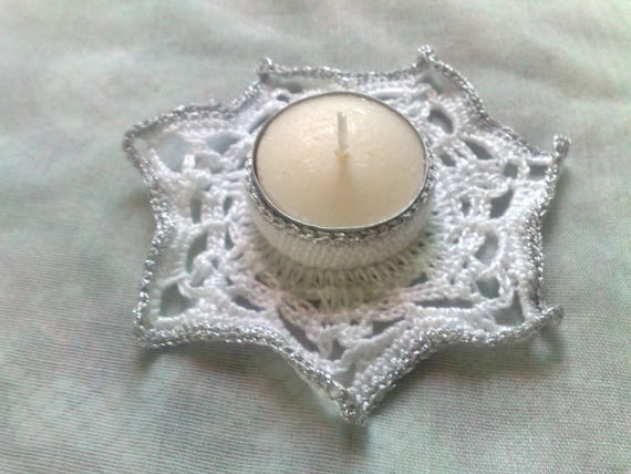 Crochet candle holder in white and silver for original table decoration