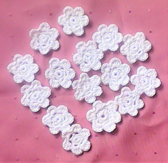 Flower White Crochet Flowers, 15 small crocheted Flower Appliqués