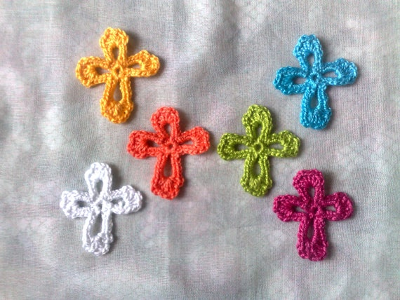Colorful Crosses Patches, 6 small crocheted Appliqués in the Colors white, yellow, blue, orange, cherry red and green