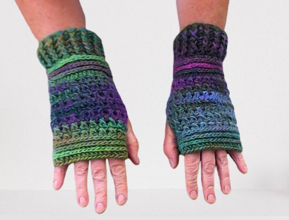 Fingerless Gloves Women Purple Green Arm Warmers Crochet Gloves Forest Winter Pulse Warmer Crochet Gloves Gloves Outlander Gift