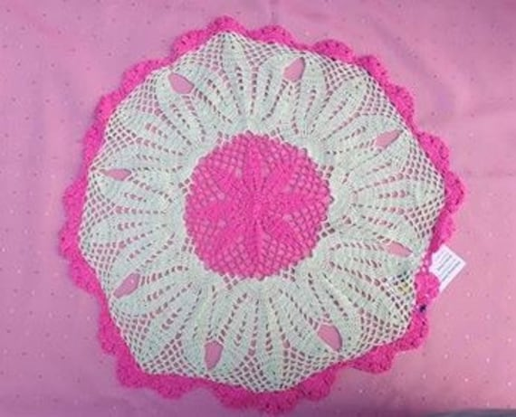 Crochet cover-large decorative cover 50 cm-20 inch residential culture pink light green crochet cover, mother's Day handmade tablecloth