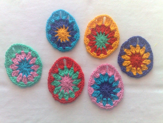 Set 6 Easter egg crochet small appliqués decorative motif décor Easter spring décor colorful Easter eggs