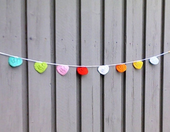 Colorful heart girland crochet Valentine's Day decoration small crocheted hearts bunting