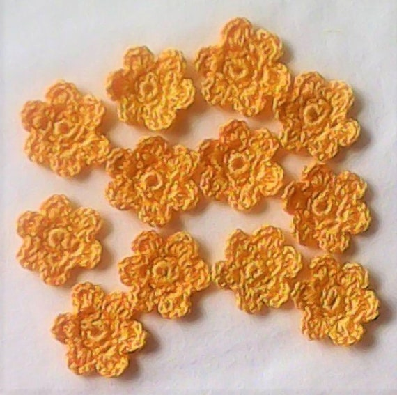 Strauchmargerite yellow Little Crochet Flowers 12 Pieces for Bridesmaid Dress to decorate