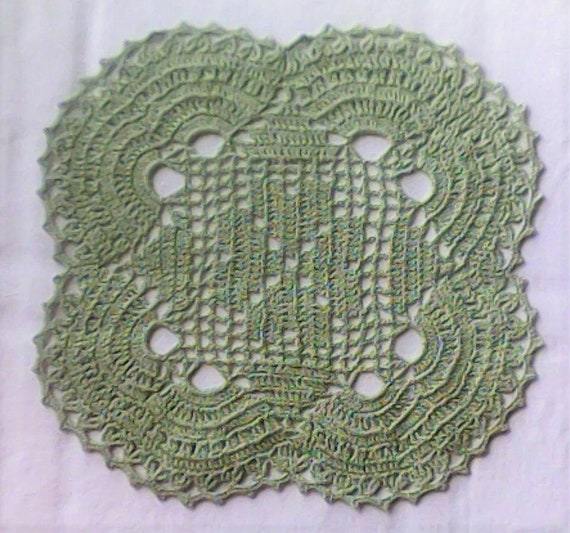 Lucky sklee cover clover crocheted in lime green