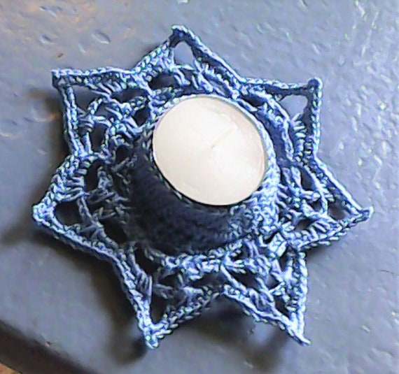 Crochet tealight candle holder star shape in blue