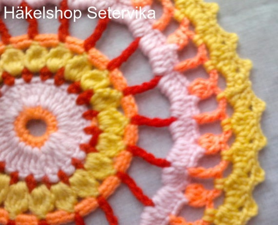 Mother's Day gift mandala crochet, four-coloured in cotton