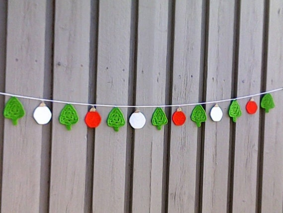 Crochet Christmas Garland with Trees and Balls, Christmas Tree Garland, Christmas Garland