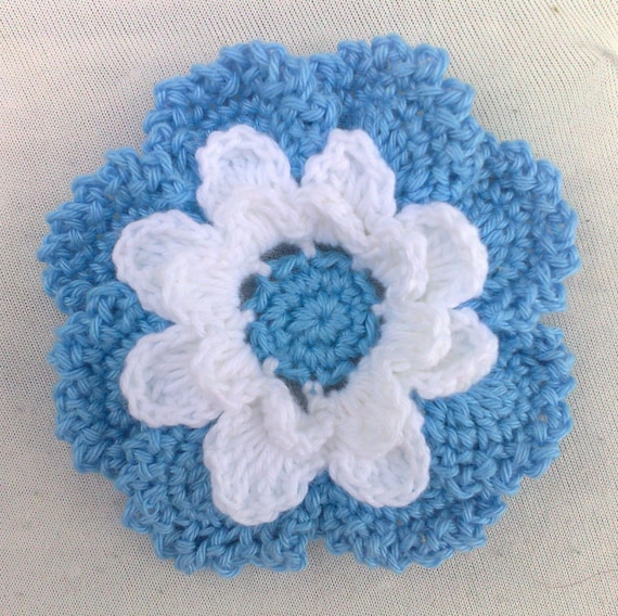 Crocheted Flower in 3.5 inches in colors blue and white