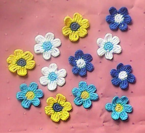 Colorful Crochet Blossoms, 12 crocheted Floral Appliqués in the Colors turquoise, blue, yellow and white