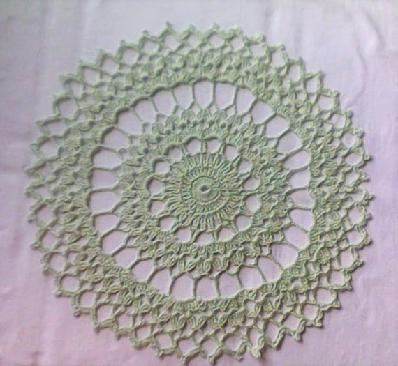 "Green Crochet cover 12 ""handmade cotton cover"