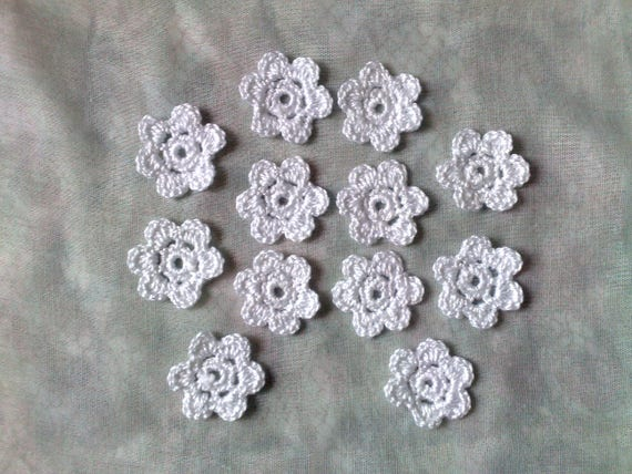 Garden Margerite, 12 Piece white Crocheted flowers Application for Bridal jewellery