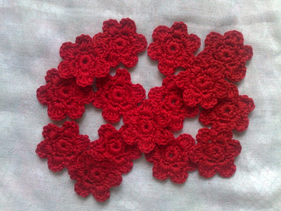 Set of 15 crocheted flowers patch for craft and scrapbooking in red cotton