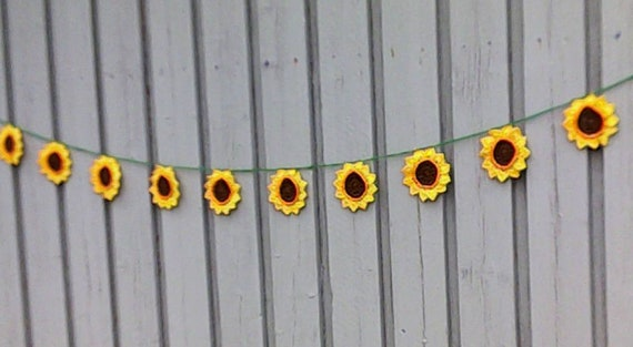 """Crochet sunflower garland with 10 pieces large sunflowers 4"""""""