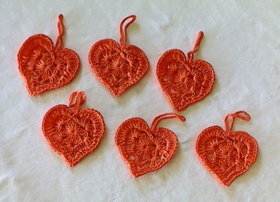 Heart crochet for a Valentine's Day gift for a gift fan in orange cotton