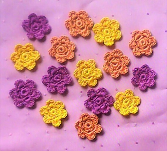 15 small crochet flowers patch up in 3 colors for scrapbooking and embellishment of clothes or bags
