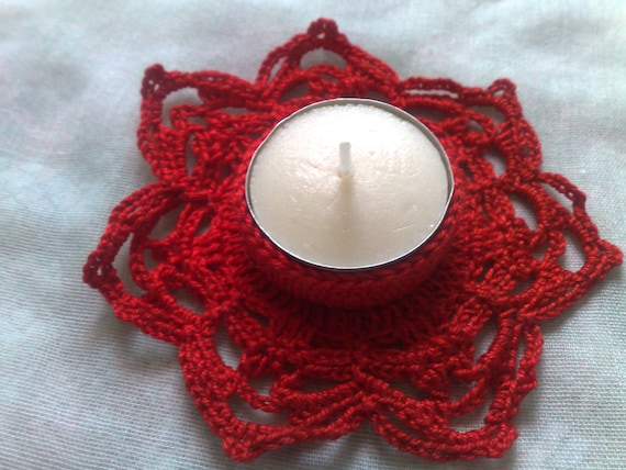 Christmas decoration candle holder crocheted in red Cotton