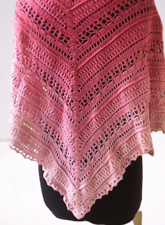 Crochet pastel scarf, pink gradient triangle scarf, evening scarf wrap, gift for teeny and kids