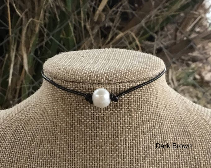 Leather Pearl Choker, Dark Brown Leather Pearl Necklace, June Birthstone, Lobster clasp, Jewelry box, Gift For Her, Free Shipping