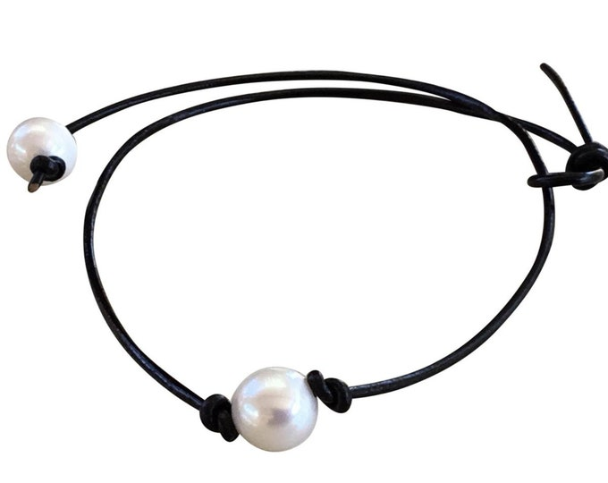 Pearl Choker, Leather Pearl Necklace, Single Pearl Choker Necklace, Real Pearls, June Birthstone, Affordable Christmas Gift, Gift Bag