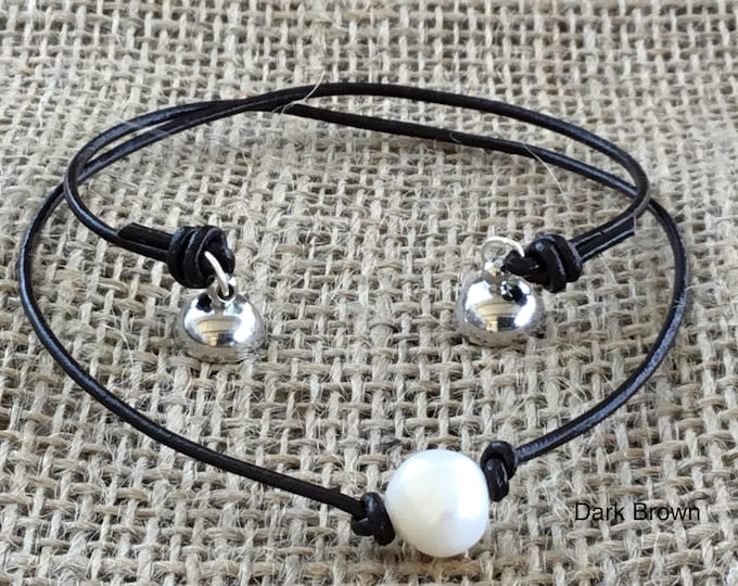 Magnetic Clasp Leather Necklace, Real Pearl Leather Choker, Birthday Gift, June Birthstone, Affordable Christmas Gift, Gift Bag