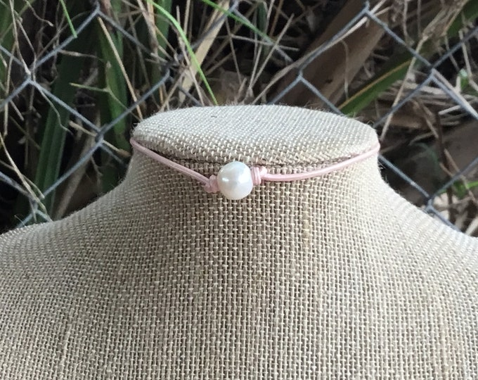 Leather Pearl Choker, Soft Pink Leather Pearl Necklace, Real Pearl Choker, June Birthstone, Affordable Gift, Boho, Gift For Her