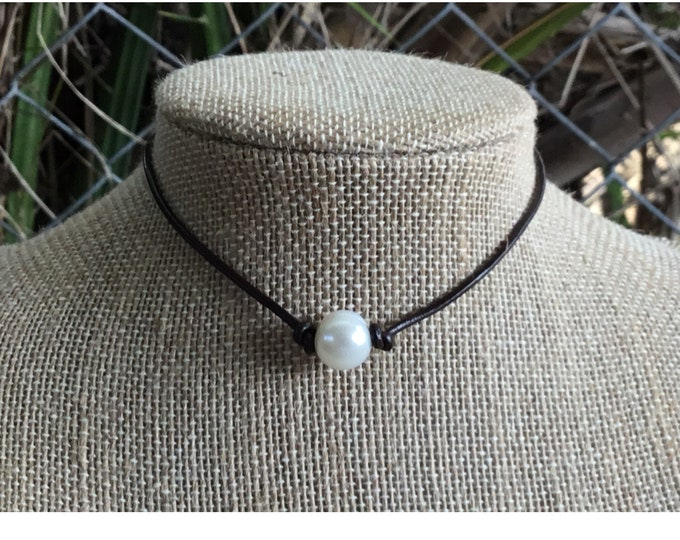 Leather Pearl Necklace, Single Pearl Choker Necklace, Boho, June Birthstone, Affordable Christmas Gift, Real Freshwater Pearls, Gift For Her
