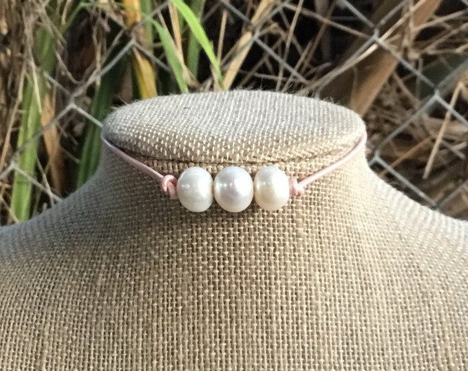 Triple Pearl Leather Necklace, Soft Pink Leather Pearl Choker, Real Pearl Necklace, Affordable Christmas Gift, June Birthstone, Gift Bag