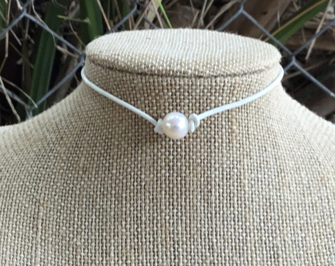 Leather Pearl Choker, White Leather Necklace, Boho, June Birthstone, Affordable Christmas Gift , Birthday Gift, Gift Bag