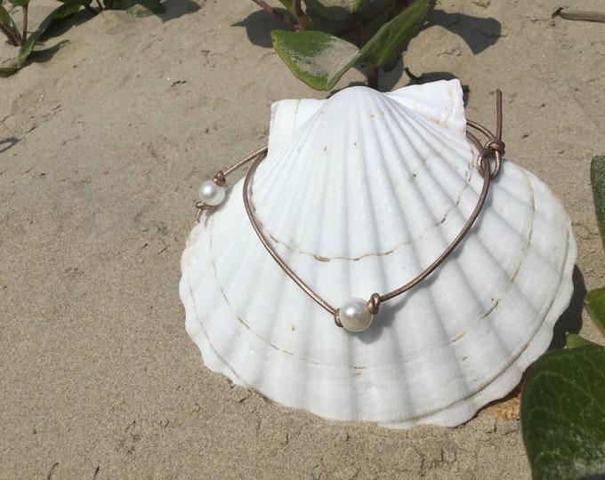 Leather Pearl Choker, Single Freshwater Pearl Choker ,Boho, June Birthstone, Affordable Christmas Gift, Gift Bag