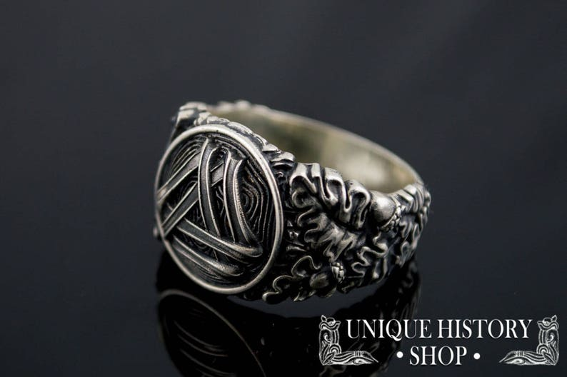 12543d9d929b2 Valknut Ring with Oak Leaves and Acorns - Unique Handcrafted Viking Jewelry