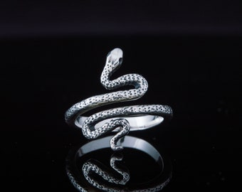 Snake Ring, Snake Jewelry, Silver Snake Ring, 925 Silver Animal Ring, Silver Animal Jewelry, Unique Handcrafted Jewelry, Tiny Snake Ring
